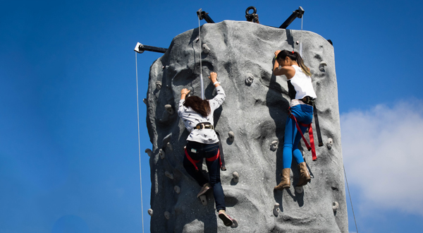 rock-active-programs-saturday-climbing